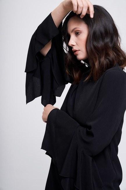 MIZALLE - Kolları Volanlı Tunik (Siyah) (1)
