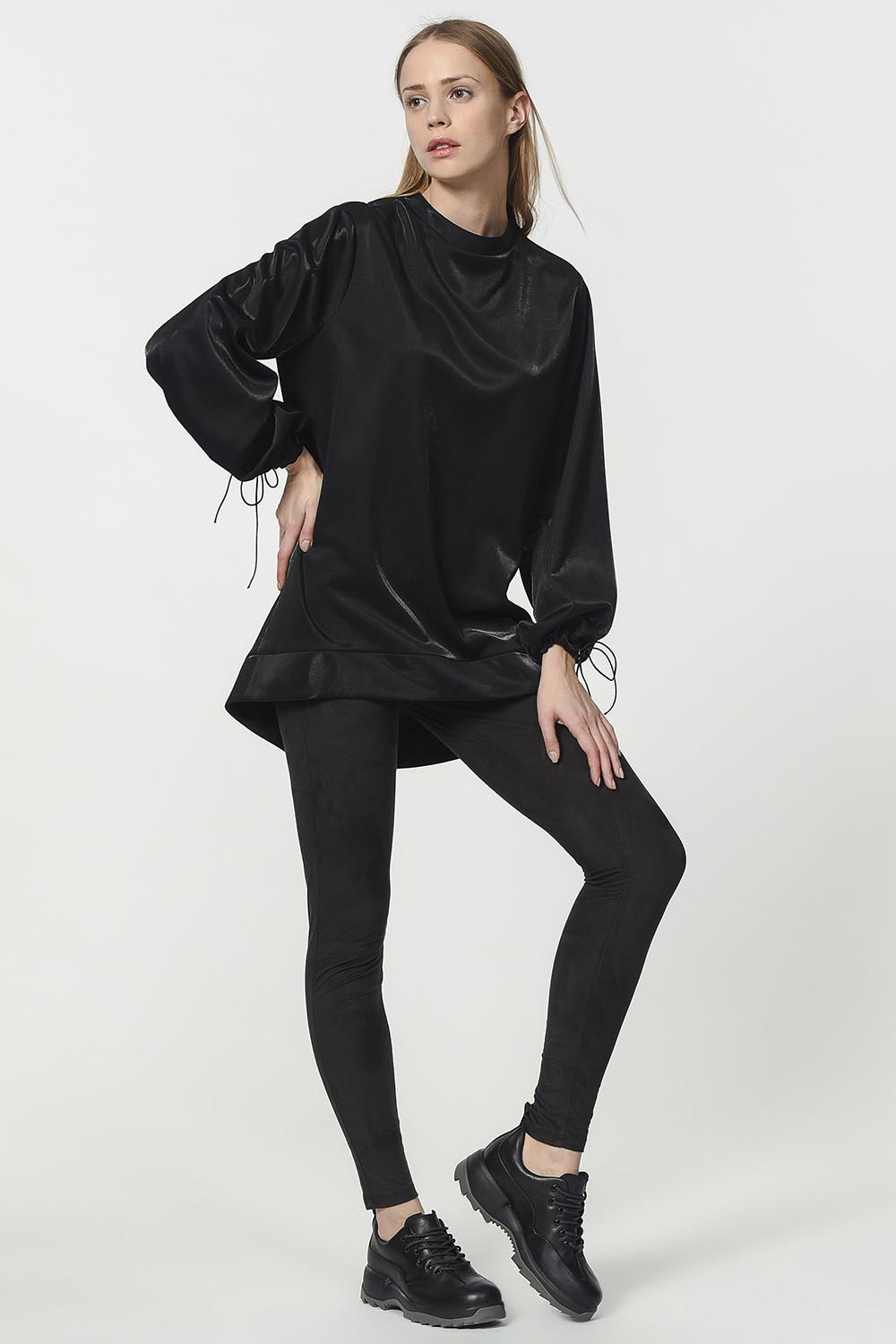 MIZALLE Sweatshirt With Lacing Detailed Sleeves (Black) (1)
