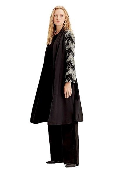 MIZALLE Kolu İşlemeli Kimono (Siyah)