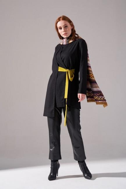 Mizalle - Kontrast Bağlamalı Kimono (Siyah)