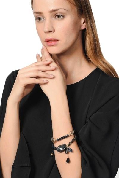 MIZALLE Contrast Bracelet With Stone (Navy Blue)