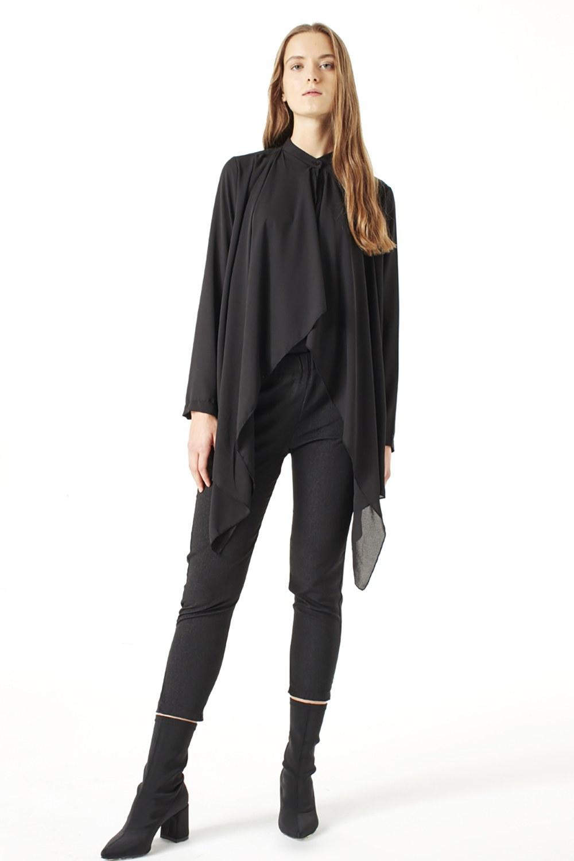 MIZALLE Krep Volanlı Bluz (Siyah) (1)