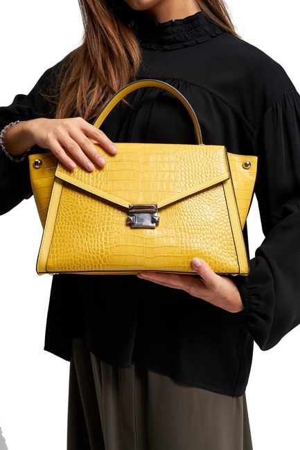 MIZALLE - Crocodile Leather Shoulder Bag (Yellow) (1)