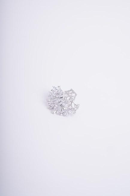Küçük Çiçek Buketi Broş (Gri) - Thumbnail