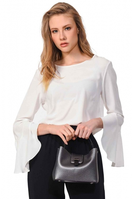 MIZALLE Small Handbag with Snaps (Grey)