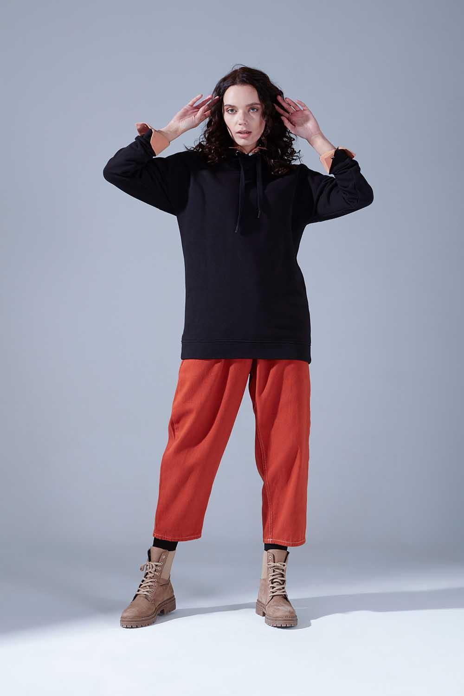 Kuş Gözü Bağcıklı Siyah Sweatshirt