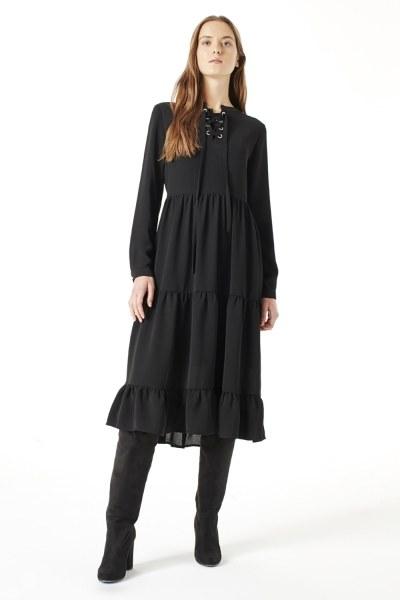 MIZALLE Kuş Gözü Detaylı Elbise (Siyah)