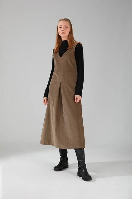 Mizalle - Kuş Gözü Detaylı Kadife Jile Elbise (Vizon)