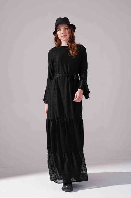 Mizalle - Kuşaklı Siyah Elbise