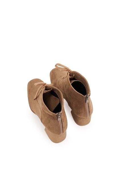 MIZALLE - حذاء نصف بوط باربطة (بيج شمواه) (1)