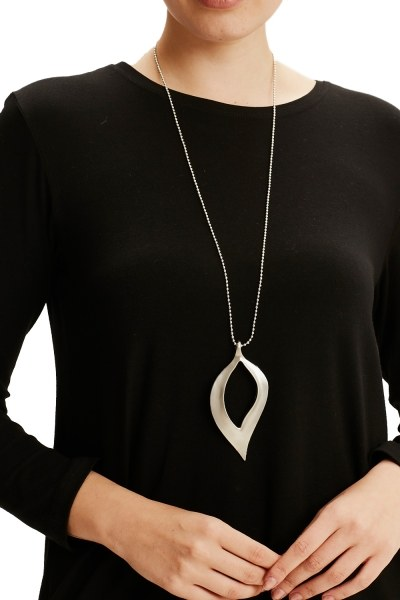 Leaf Formed Necklace (Grey) - Thumbnail