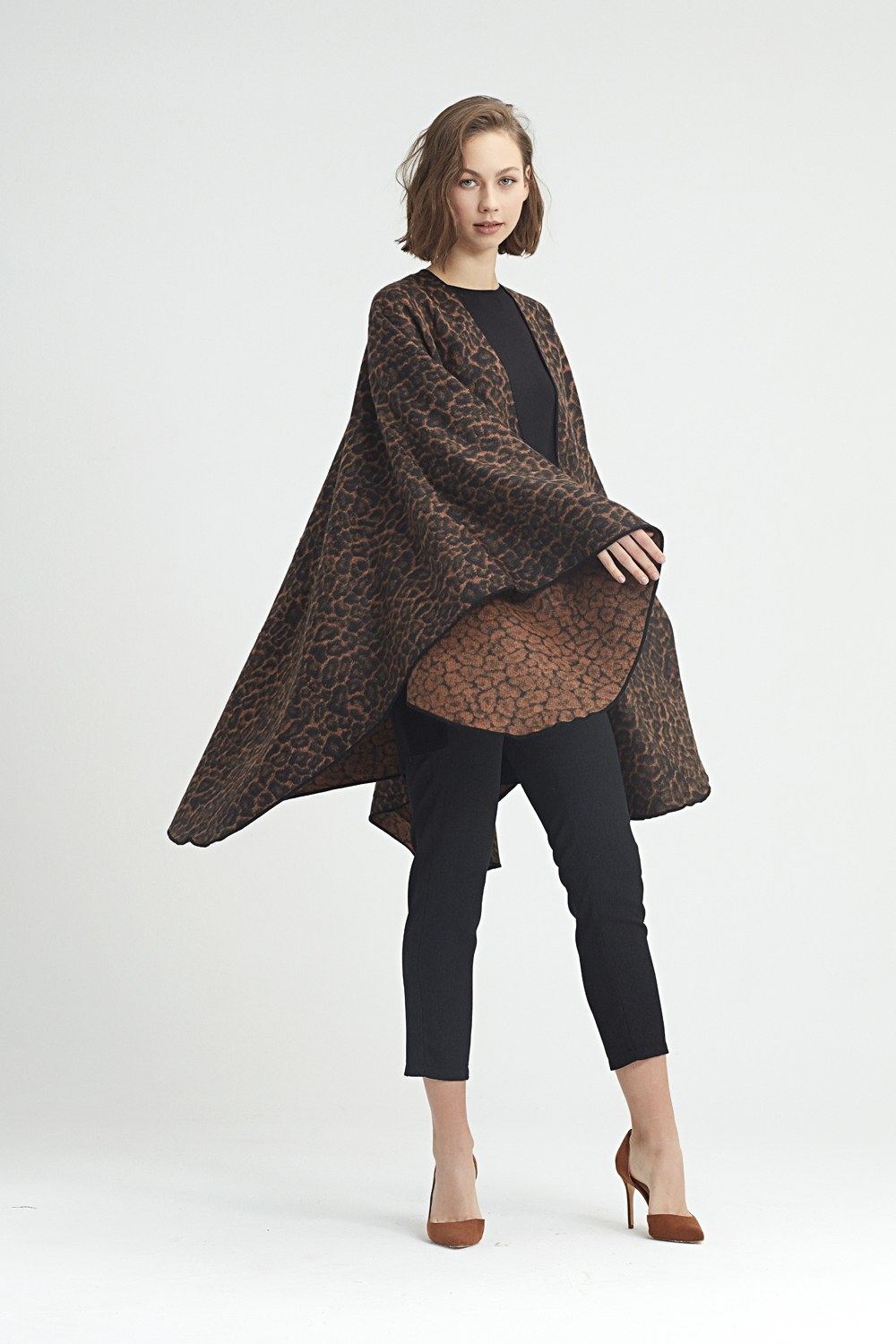MIZALLE Leopard Patterned Poncho (Brown) (1)
