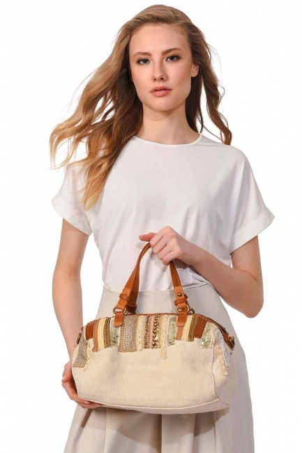 MIZALLE Linen Arm Bag (Ecru)