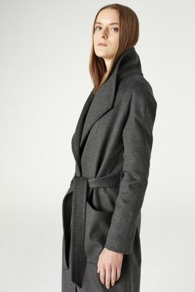 معطف بياقة واسعة (لون أسود فحمي) - Thumbnail