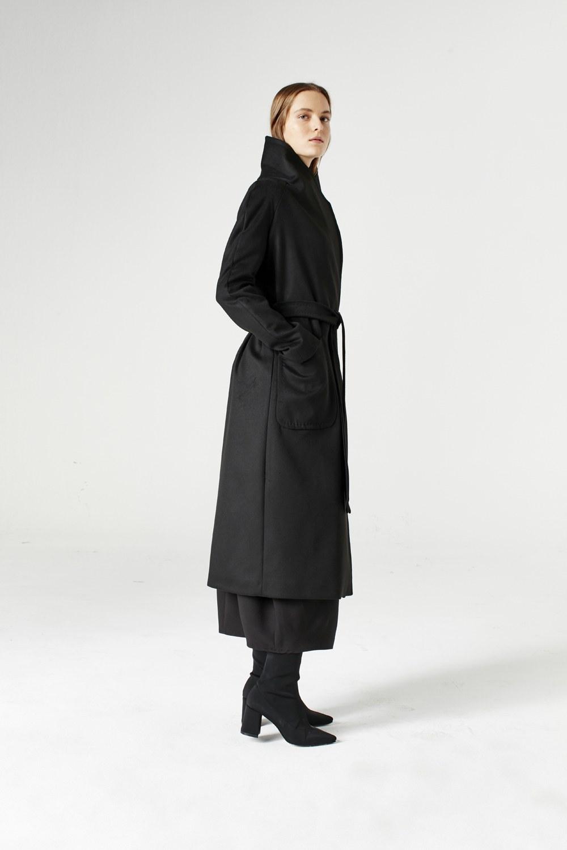 MIZALLE معطف بياقة واسعة (أسود) (1)