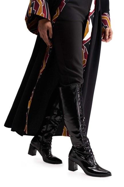 MIZALLE أحذية طويلة متعددة الأشرطة (أسود)