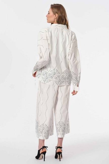Embroidery Design Blouse (White) - Thumbnail