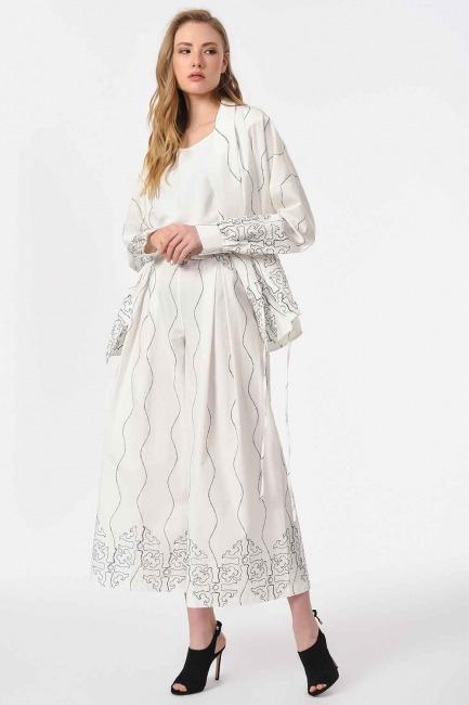 MIZALLE - Nakış İşlemeli Tasarım Pantolon (Beyaz) (1)