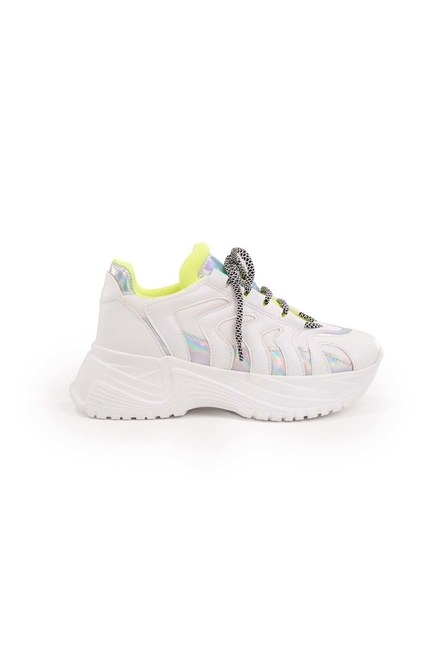 MIZALLE - Neon Striped Sport Shoes (White) (1)