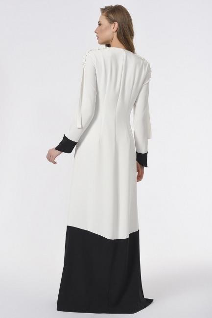 Omuzu Büzgülü Tasarım Siyah-Beyaz Uzun Elbise - Thumbnail
