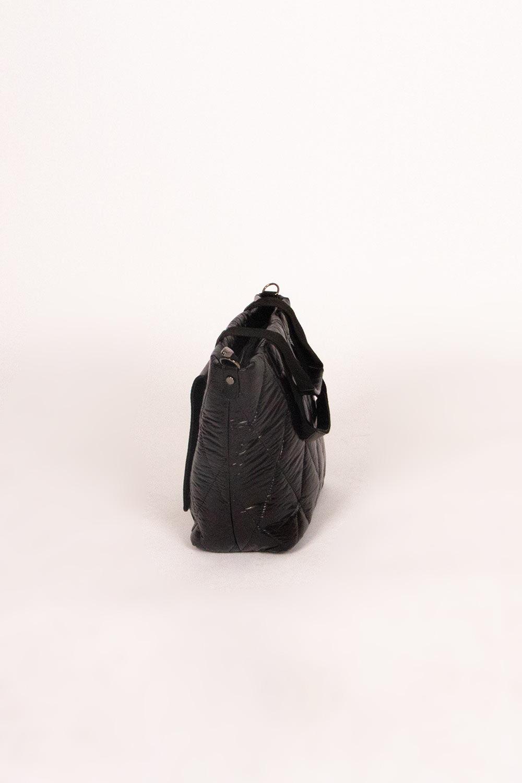 Ön Cep Detaylı Şişme Omuz Çantası (Siyah)
