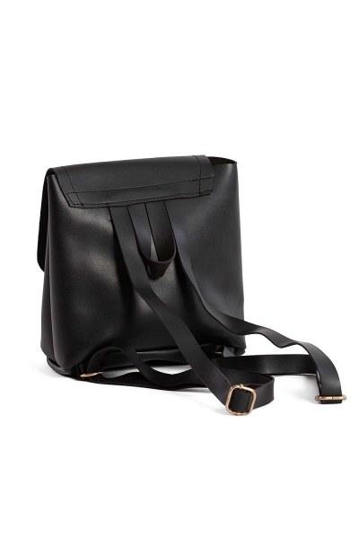 MIZALLE - Önden Çıtçıtlı Kadın Sırt Çantası (Siyah) (1)