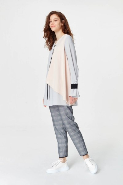MIZALLE - Önü Bağcıklı Tasarım Bluz (Gri) (1)