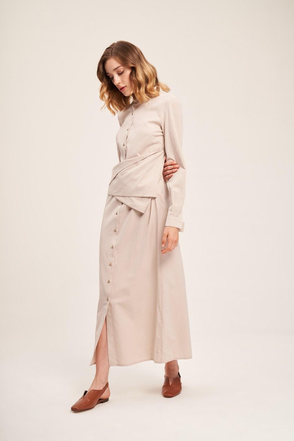 Önü Bağlamalı Poplin Bej Elbise
