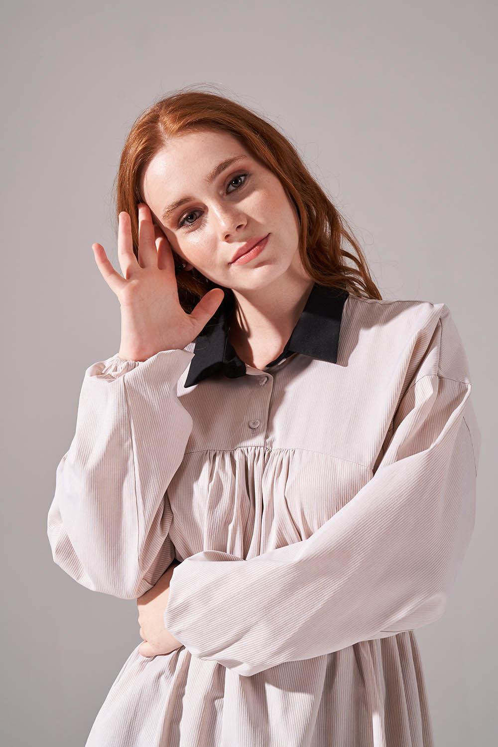 Önü Büzgülü Bej Tunik Gömlek