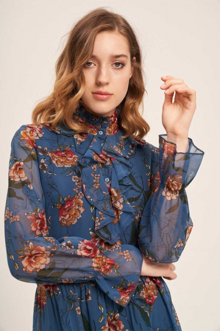 Mizalle - Önü Fırfırlı Çiçekli Mavi Elbise