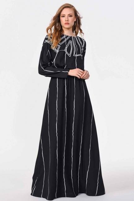 MIZALLE - Önü Tasarım Detaylı Uzun Elbise (Siyah) (1)