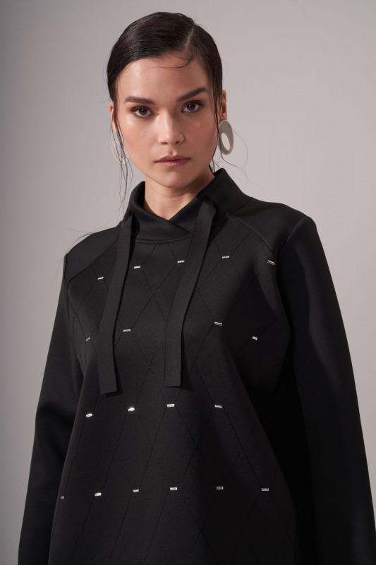 Önü Taşlı Scuba Sweatshirt (Siyah)