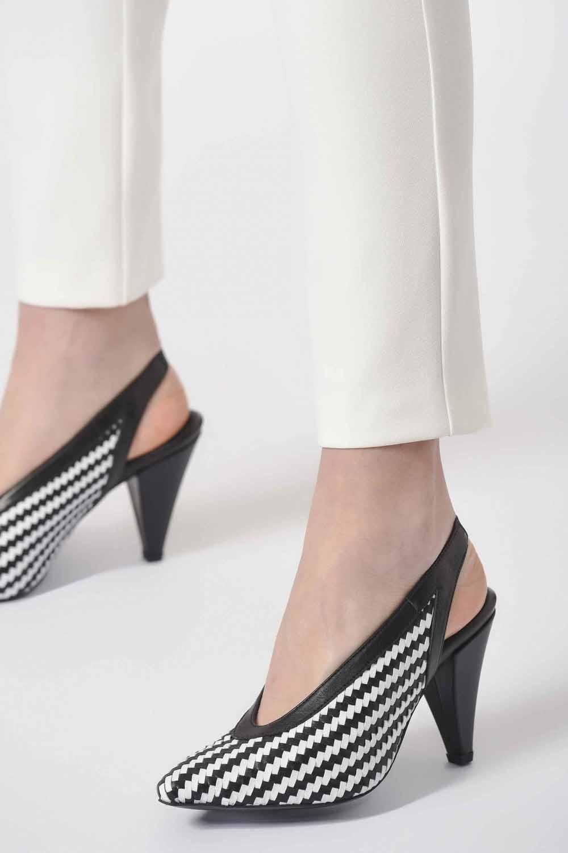 Örgü Detaylı Deri Ayakkabı