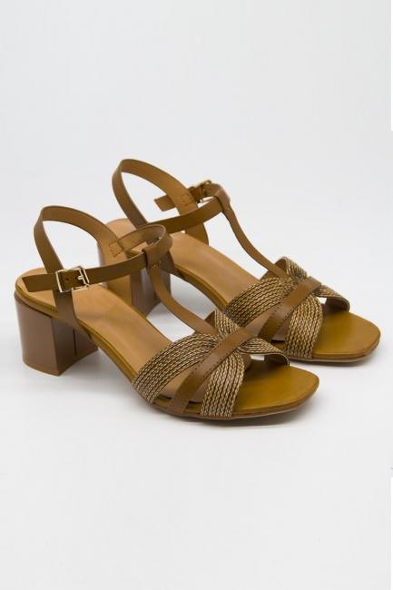 Mizalle - Örgü Tasarımlı Alçak Topuk Ayakkabı (Camel)