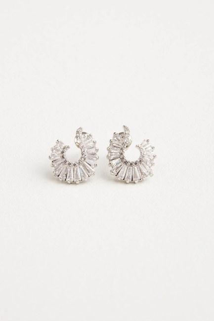 MIZALLE - Oval Shaped Earring (Silver) (1)