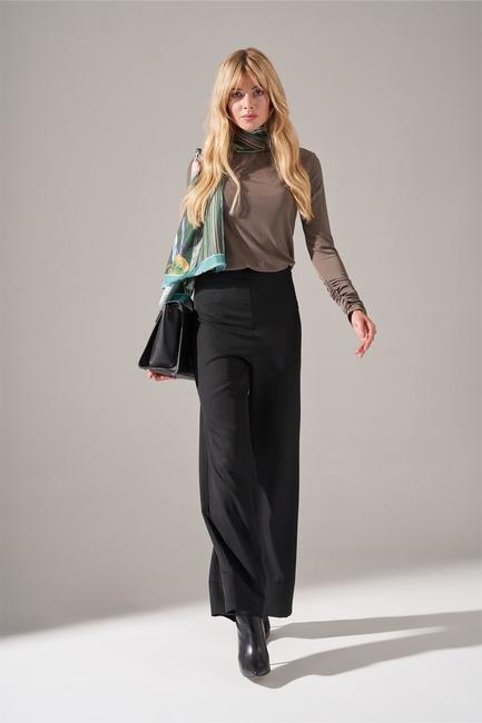 Mizalle - Paçası Parçalı Pantolon (Siyah)
