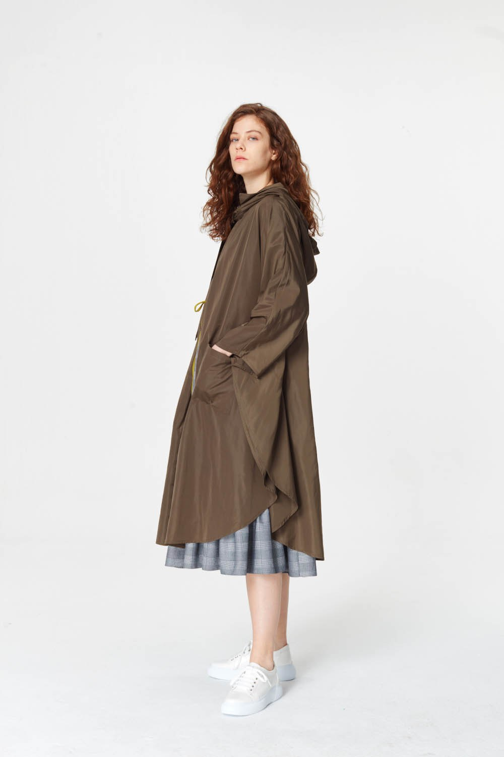 MIZALLE Poncho Design Raincoat (Khaki) (1)