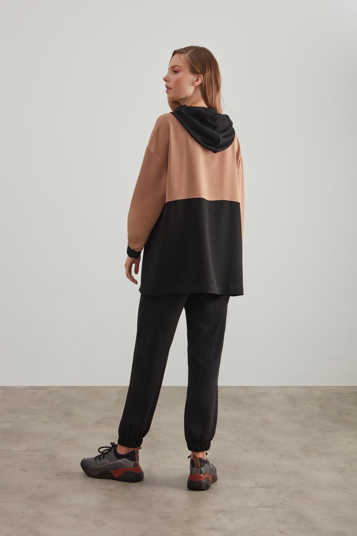 Siyah-Bej Krep Kapüşonlu Sweatshirt