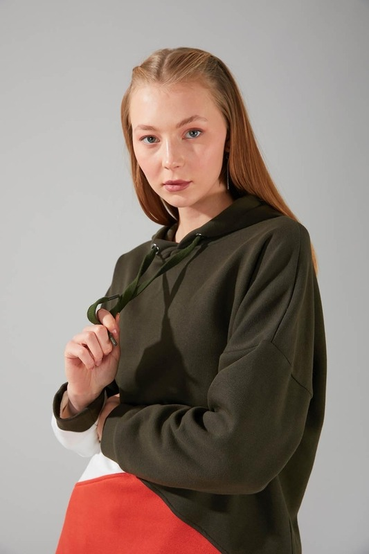 Parçalı Çok Renkli Sweatshirt (Haki)