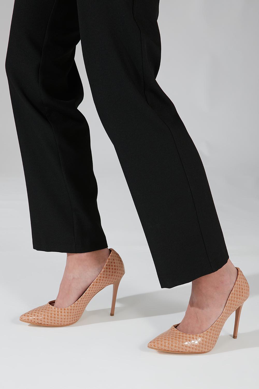 Parlak İnce Topuklu Ayakkabı (Bej)