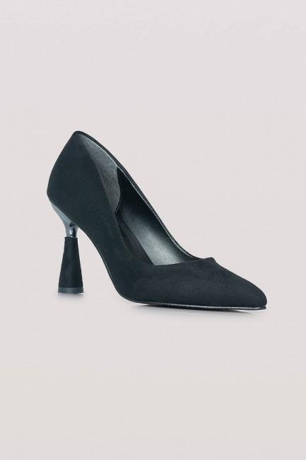 Parlak Topuklu Süet Ayakkabı (Siyah) - Thumbnail