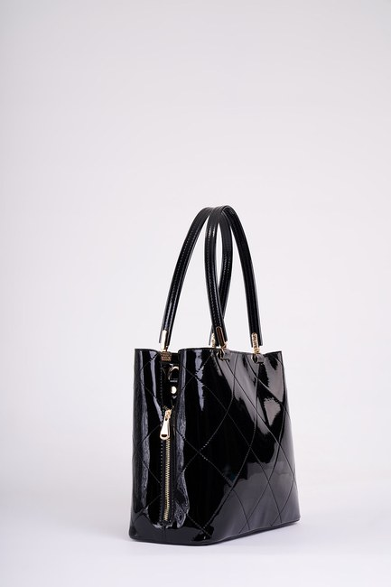 Mizalle - Patent Leather Shoulder Bag (Black) (1)