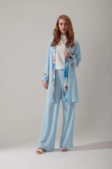 Mizalle - Çiçek Desenli Mavi Kimono