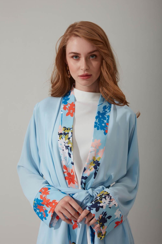 Çiçek Desenli Mavi Kimono