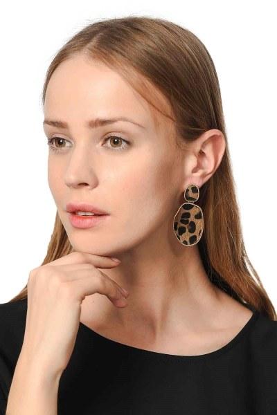Mizalle Patterned Oval Earrings (Brown)