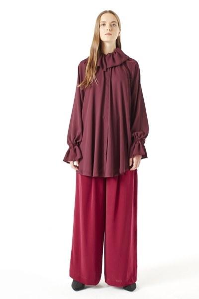 MIZALLE Cloak Collar Dress (Claret Red)