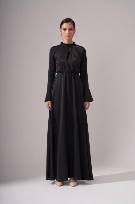 Mizalle - Pileli Yaka Desenli Elbise (Siyah)