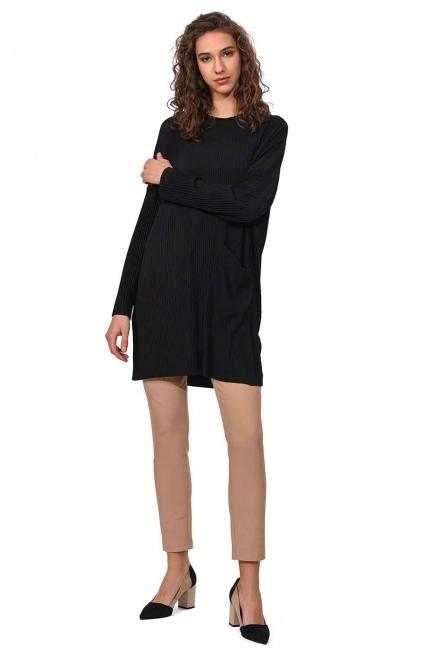MIZALLE Piliseli Sandy Cep Detaylı Bluz (Siyah)
