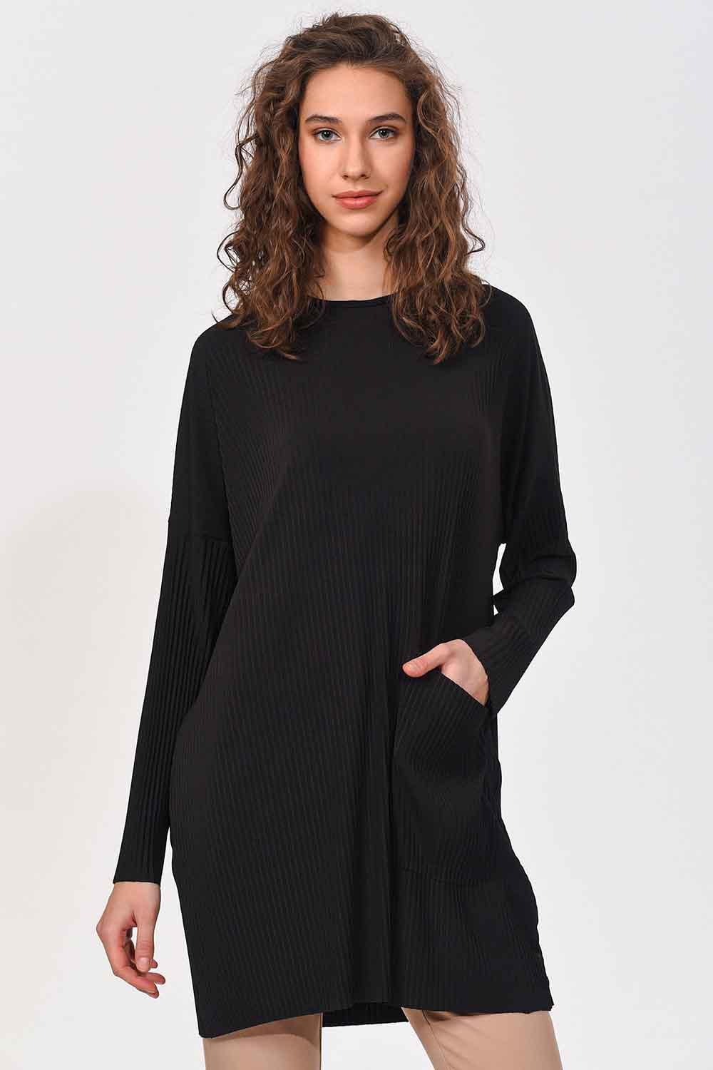 MIZALLE Pleated Pocket Detailed Blouse (Black) (1)