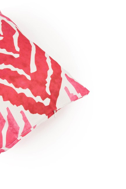 MIZALLE HOME - Pillow Case (Fushia) (1)